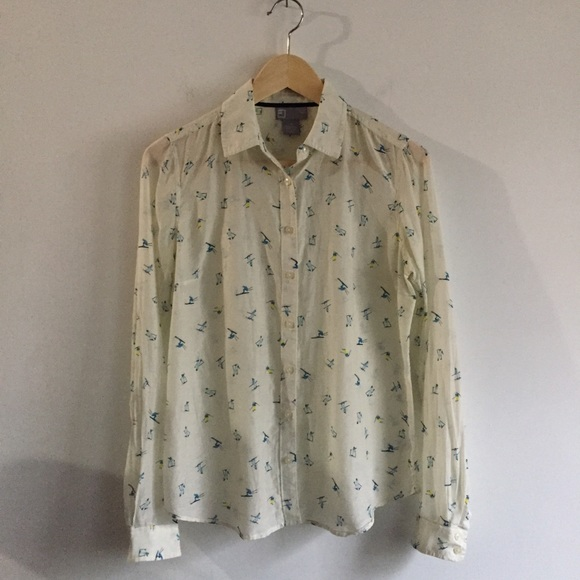 a330c12291b74 jcpenney Tops - Silk blouse w  skiers